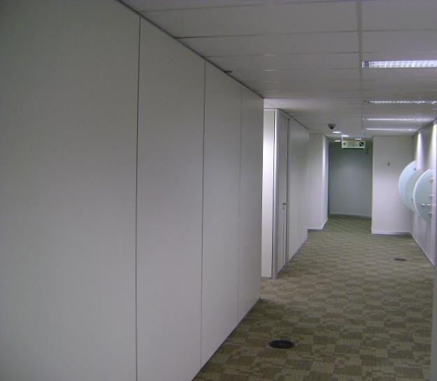 Instalação de Divisórias na Vila Clementino - Biombo de Madeira